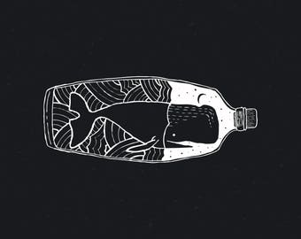 Whale in the bottle (white)