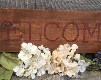 Welcome pallet wood hand painted sign
