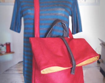 Red leather shoulder bag. Eco leather Shoulder Bag in red