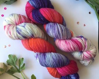 Hand dyed yarn, Flowers in the Rain, superwash merino, nylon, silver stellina, 100g, 400m.