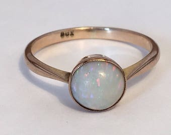 ON SALE! 9k gold Opal Victorian solitaire