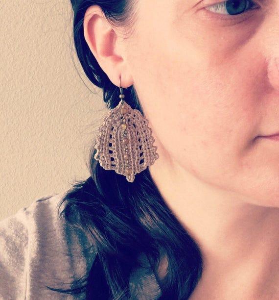Crochet Leaf Statement Earrings Irish Lace Flaxen Brown Boho Chic Crocheted Hippie Dangle Earrings Gift for Her Crochet Leaf Nature Jewelry