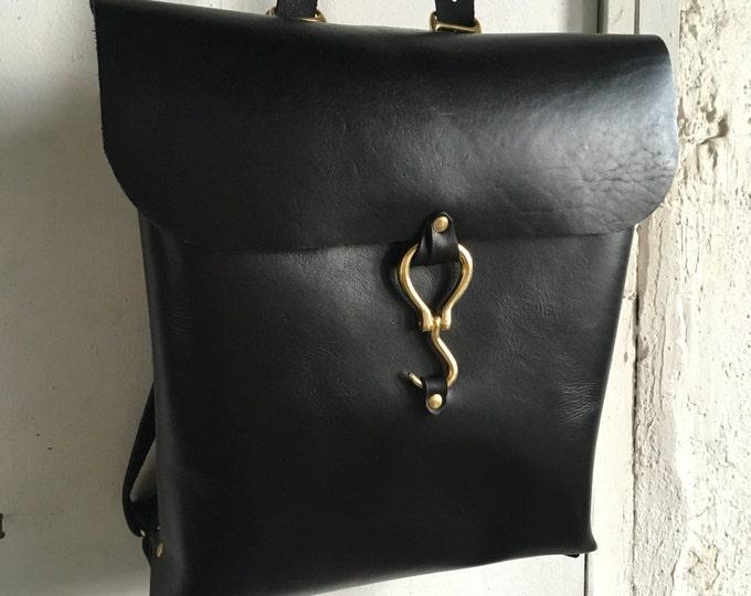 Minimalist hook rucksack