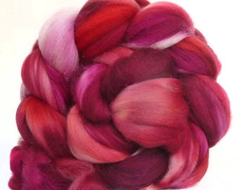 SUPERWASH MERINO roving top handdyed wool spinning fiber 4.1  oz