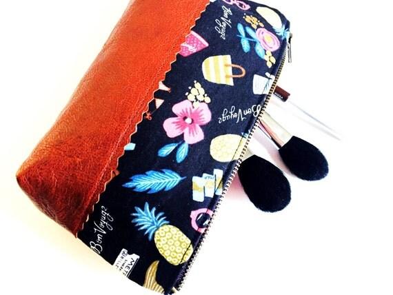 Bon Voyage Black Leather Pouch, Makeup Bag, Travel Cosmetic Bag, Women's Toiletry Bag, Leather Zipper Pouch