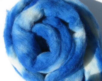 Blue Alpaca and Cormo Wool Roving to Spin or Felt,  Hand Dyed Felting Fiber, Farm Grown Fibre - 2.2 oz / 64 gr