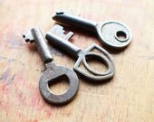 Tiny Antique Keys - Rustic Key Charms // New Year Sale - 15% OFF - Coupon Code SAVE15