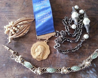Repurpose Jewelry ... Religious Medal, Bracelet, Necklace More ... Jewelry Supply, Steampunk. AS FOUND.