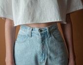 GUESS light wash cropped jeans / classic high waist 5 pocket denim / vtg high waist jeans / 29 / 2082t / B15