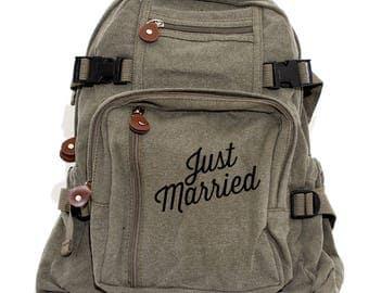 Backpack | Just Married | Canvas Backpack | Bride Gift | Honeymoon Luggage | Travel Wedding Gift | Groom Gift | Bride Groom Day Bag Mr & Mrs