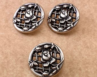 Rose Trellis  Antique Silver   Designer Button  B4 7998