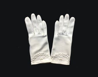 Womens Vintage Gloves, Wrist Gloves, White, Cotton, Van Raalte, Embroidered, Small, New Old Stock