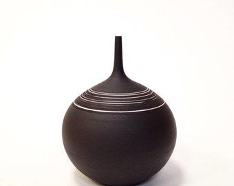 MADE TO ORDER- one large rotund black and white stoneware vase by sara paloma.  Modern vessel minimalist design ceramics and pottery palomas