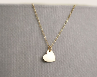Gold Heart Necklace, Minimal Necklace, Everyday Necklace, Dainty Necklace Simple, Minimalist Necklace Gold, Initial Heart Necklace, Tiny
