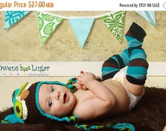 FLASH SALE 40 Percent Off Fabric Flag Bunting, Ready to Ship Prop, Banner. Boy's Surprise Blues and Greens Designer's Choice Banner. Large,