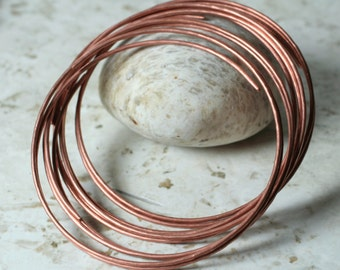 Handmade hammered solid copper bangle, one piece (item ID BAC80m)