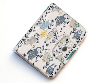 Handmade Vinyl Passport Case - Owls in Flowers / traveller, passport, adventure, gift, vinyl, woman's, wallet, owl, bird, woodland, floral,