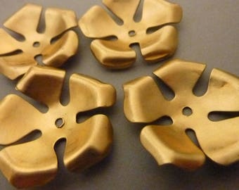 3 Brass Flower Stackable Finding Component
