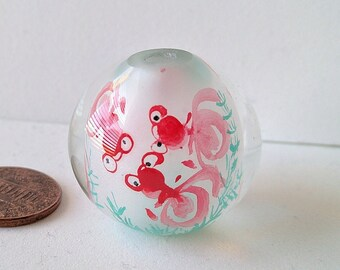 Large 30mm diameter Inside Painted, Reverse Painted Chinese Glass Bead with Goldfish Design