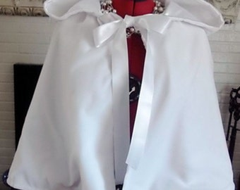 Hooded Velvet White wedding Cape,Snow White Bridal Cape,White Hooded Velvet Cloak, Velvet Hooded Wedding Cover Up