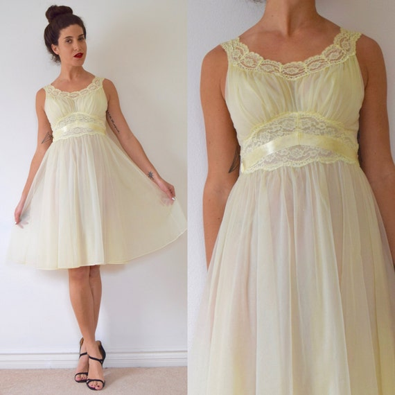Vintage 50s 60s Baby Yellow Lace Nightgown (size small, medium)