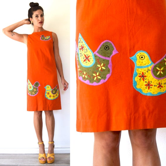 Vintage 60s Tlaquepaque Mexican Embroidered and Beaded Bird Applique Linen Shift Dress (size small, medium)