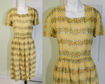 Vintage 1950's Woman's Dark Yellow Floral Print Day Dress