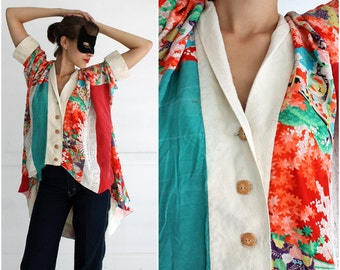 Oversized Vintage 1970's Floral Patterned Patchwork Silk Kimono-sleeve Blouse | Small/Medium