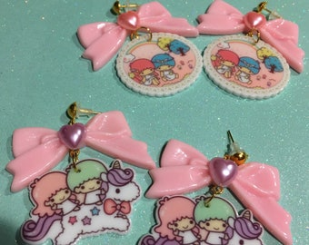 Little Twin Stars Plastic Drop Earrings With Baby Pink Bows