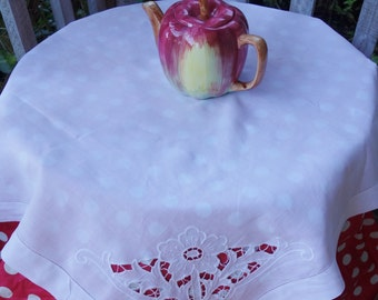 vintage cotton cutwork flower tablecloth 34x36 inches