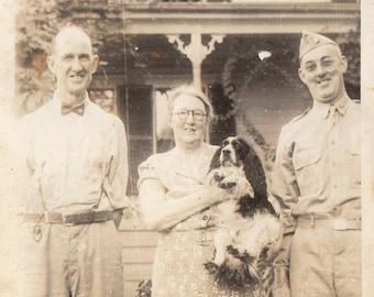 Original Vintage Photograph Snapshot Men Women & Spaniel Dog 1940s