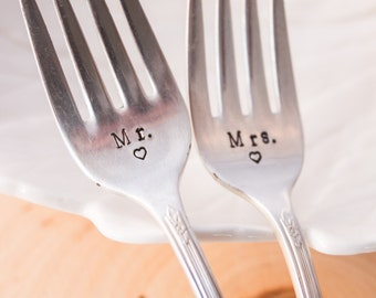 Wedding Forks - Vintage Forks - Mr. & Mrs - Vintage Silverplate Wedding Forks - Wedding CAKE Forks