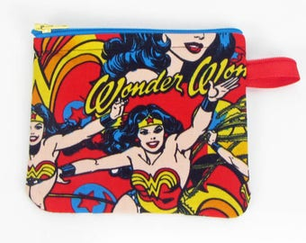 Wonder Woman credit card case,coin pouch,cosmetic bag,zippered pouch, padded makeup bag,jewelry pouch, gift bag, handmade
