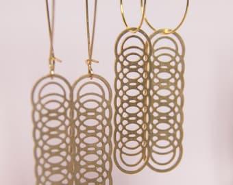 Overlapping Venn Circles Earrings | ATL-E-209