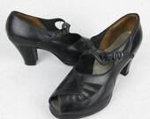 Vintage 1940s Black Mary Jane Platform Pumps, Shoes, Leather, Wearable Size