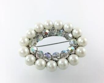 Clear Crystal Pearl Brooch, Wedding Bridal Bouquet Brooch, Wedding Accessories, Wedding Dress Brooch, 1950's Jewelry