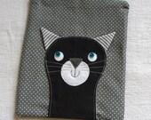 Black Cat on grey dots