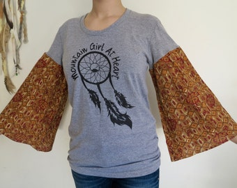 Dreamcatcher Mountain Girl At Heart Tapestry India Bell Sleeve Sleeves Print Tee T-shirt Top Shirt Womens Hippie Boho Festival Size Medium