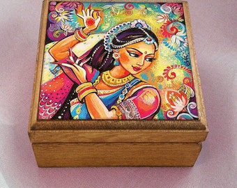 Bollywood dance, Indian woman, Indian decor, Indian woman art art box, wooden gift box, treasure box, jewelry box, 3.5x3.5+