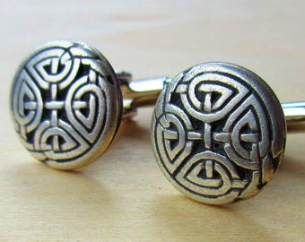 Pewter Celtic Knot Irish Cuff Links. Irish Cuff Links. Celtic Jewelry.
