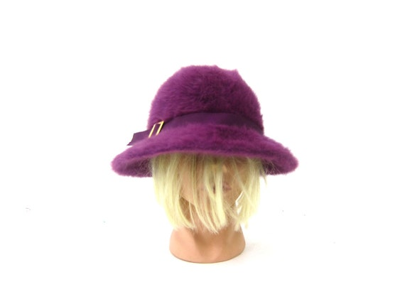 Furry Purple Hat Vintage Kangol Womens Rabbit Fur Angora Fashion Hat 1960s Brim Hat Retro Hipster Made in England Cap Size Small