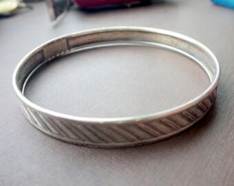 Sterling Silver Bangle Bracelet - Signed Sterling - Vintage