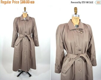 WINTER SALE / 1980s coat vintage 80s dark taupe London Fog lined trench coat S/M