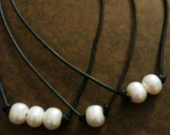 Genuine pearl necklace, pearl choker, pearls and leather necklace, leather necklace, freshwater pearl,sundance simple grace