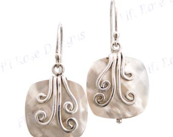 """9/16"""" White Mother Of Pearl Shell 925 Sterling Silver Earrings"""