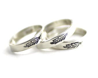 Stack Band, Feather Ring, Sterling Feather Ring, Stack Ring, Silver Feather, Custom Stack Ring,Personalized Ring,Statement Ring, Silver Band