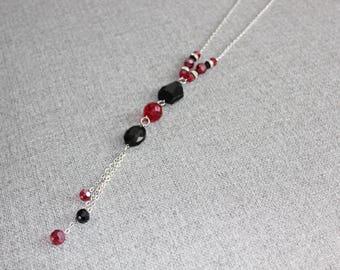 collier long, chic, cristaux, cristal, noir, rouge, pendentif, collier ajustable, long necklace, red, black, classique, tous les jours
