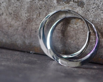 palladium white gold hoop, round earring, hammered small loop, your choice of gold color and texture