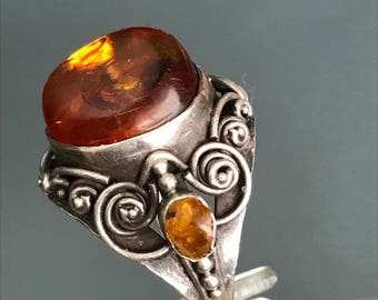 Vintage Sterling Silver Amber  Ring  .  Art Nouveau  jewelry