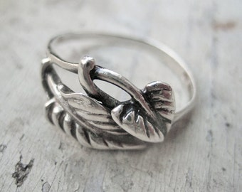 Antique French leafs ring, Antique botanical ring, water lily flower ring, Antique French water lily leaf ring, Antique sterling leaf ring